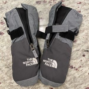 The north face toddler mittens size XS